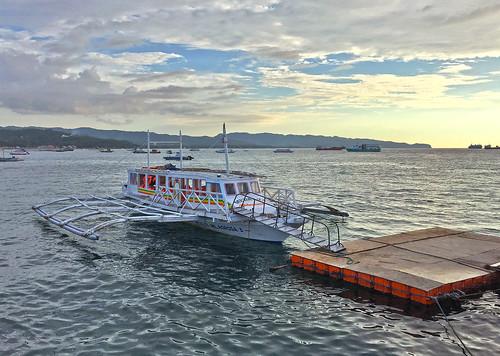 vacationinboracayphilippines ferrytoboracay