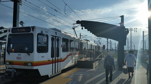 R Line to Peoria