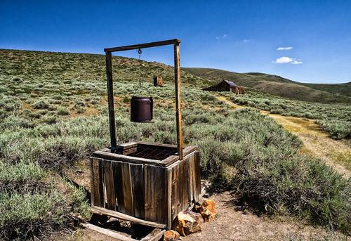 DSC09566-E - The Well