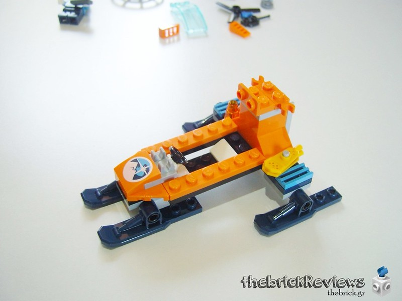 ThebrickReview: 60190 Arctic Ice Glider 41315558420_73aa96a7b8_c