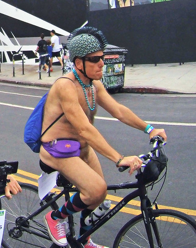 L.A. World Naked Bike Ride 2018 (111936)
