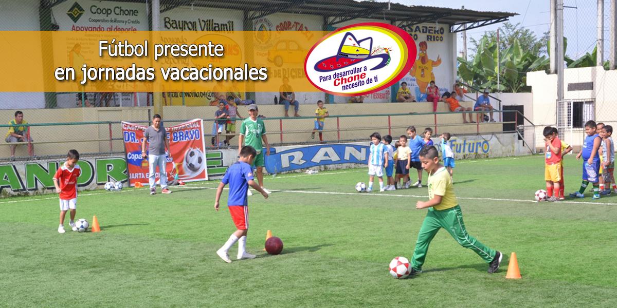 Fútbol presente en jornadas vacacionales