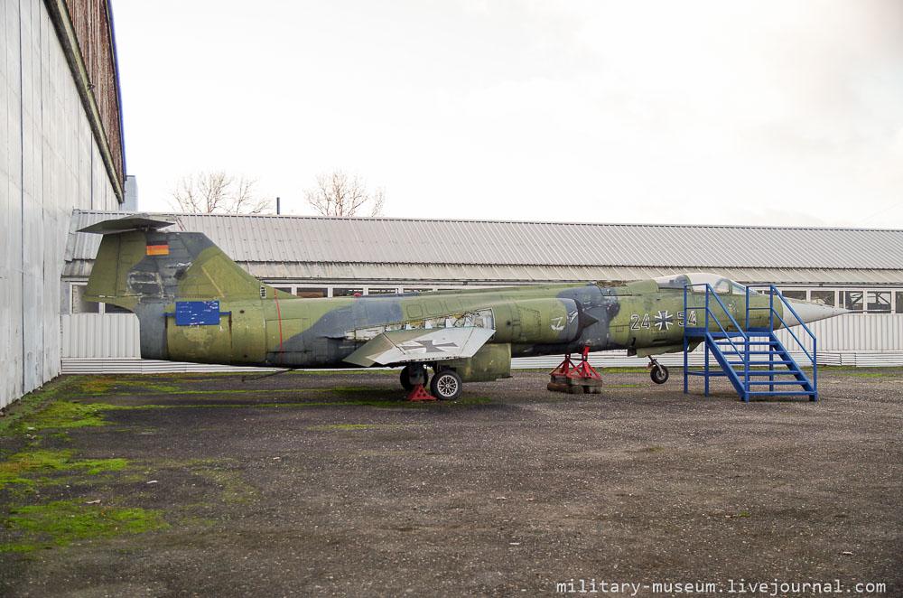 Luftfahrt- und Technikmuseum Merseburg-214