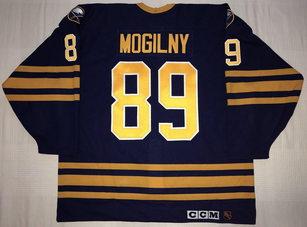 1992-93 Alexander Mogilny Buffalo Sabres Away Jersey Back