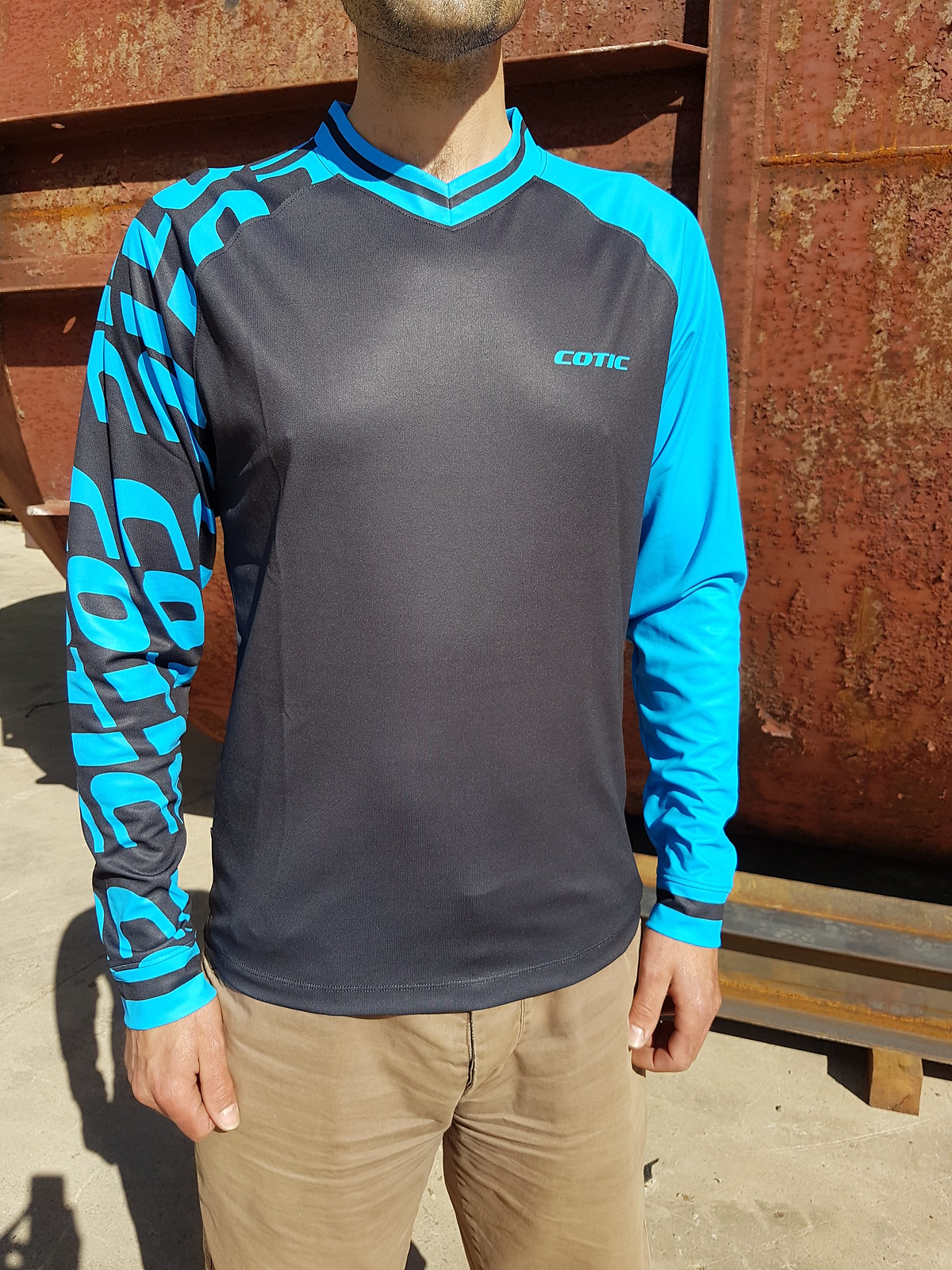 blue COTIC jersey