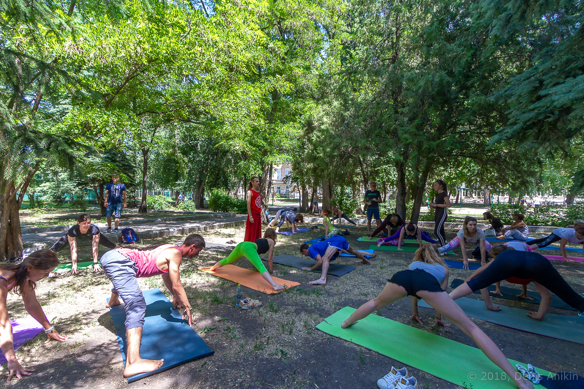 всемирный день йоги саратов фото 10