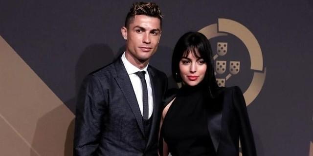 Cristiano Ronaldo Akan Hijrah, Sampai Jumpa Lagi Messi Entah Di Mana Dan Kapan