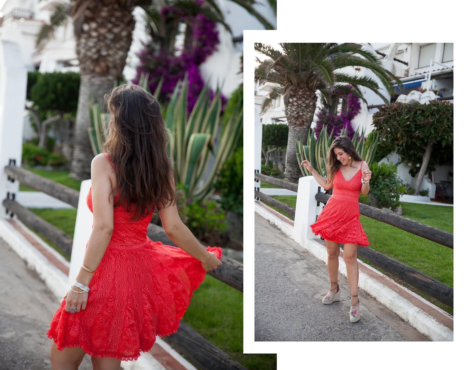 07_como_combinar_vestido_coral_highlypreppy_theguestgirl_influencer_barcelona