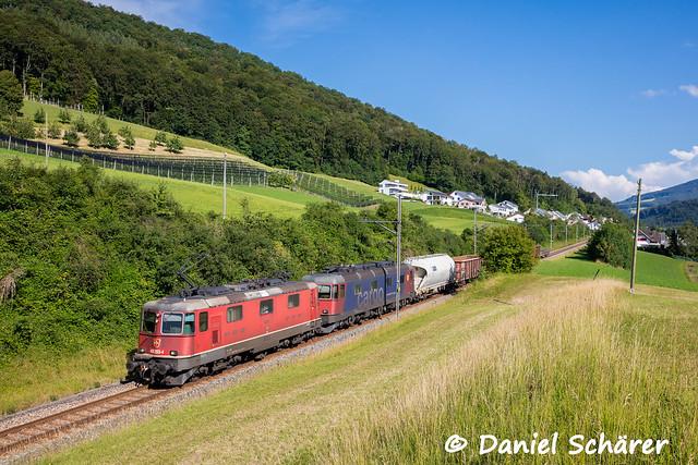Re 420 283 + 620 011 / Diepflingen