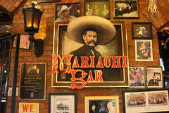 San Antonio - Downtown: Mi Tierra - Mariachi Bar