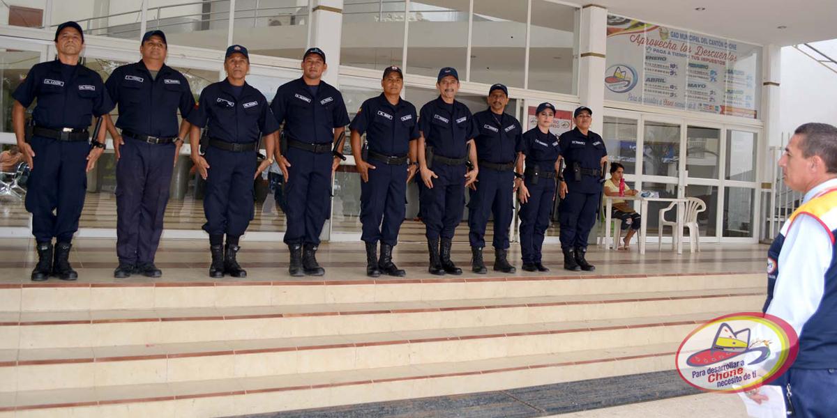 Policía Municipal con nuevos uniformes