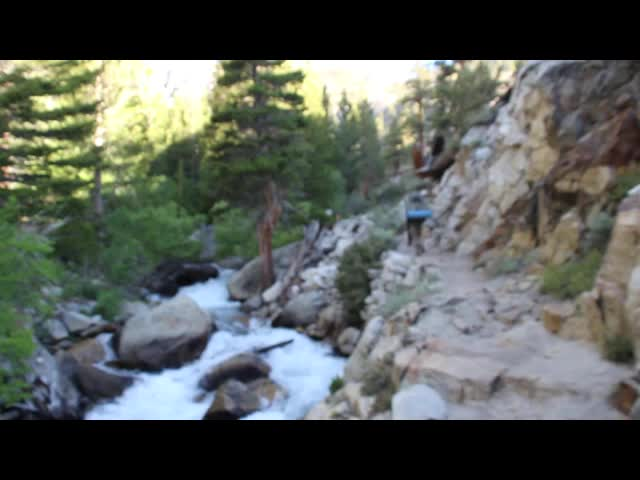 0274 Video of the creek flowing through a gorge on the North Fork Big Pine Creek Trail