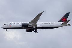 Air Canada - Boeing 787-9 Dreamliner C-FVLQ @ London Heathrow