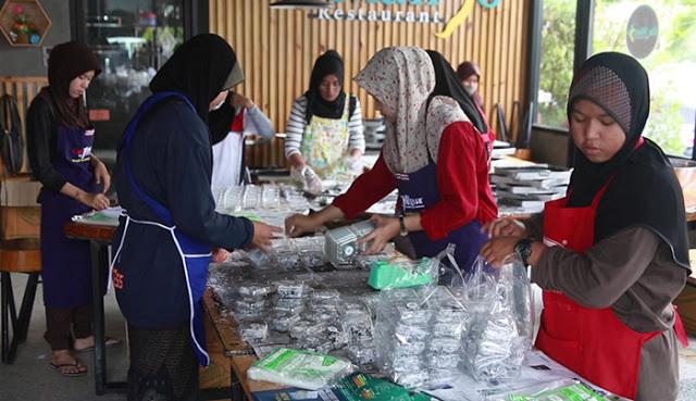 """""""กูบาฆูลิง"""" ขนมหวานชาวมุสลิม สุดฮอต ส่งท้ายเดือนรอมฎอน สร้างรายได้วันละแสน peebao.com คนใต้บ้านเรา (1)"""