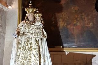 Noicattaro. madonna del rosario front