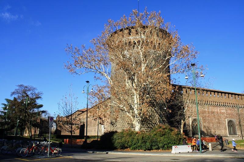 Италия. Милан. Замок Сфорца