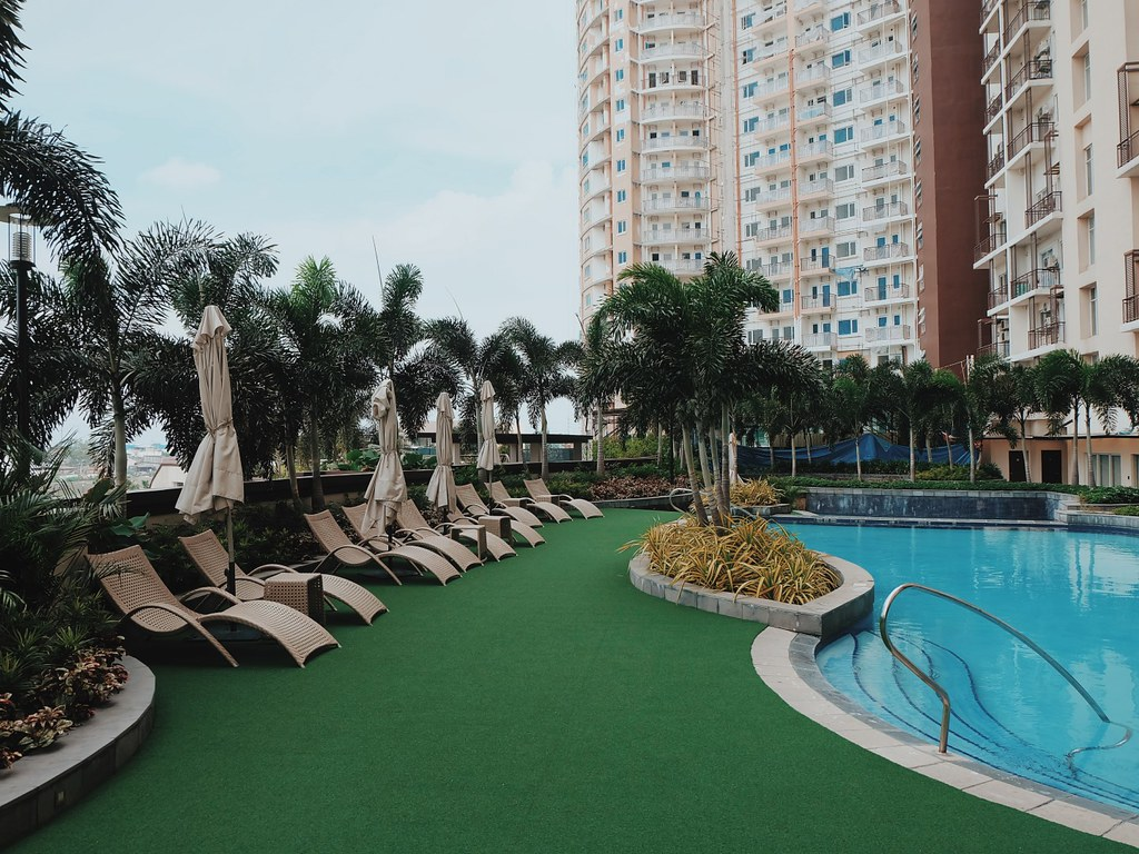 Staycation at Cirque Serviced Residences Hotel