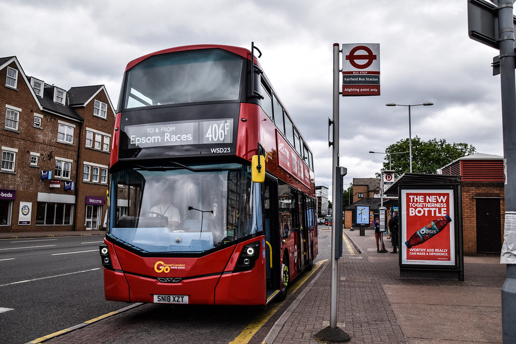 ... Go-Ahead London WSD23 blinded for Route 406F 965b0da24a0