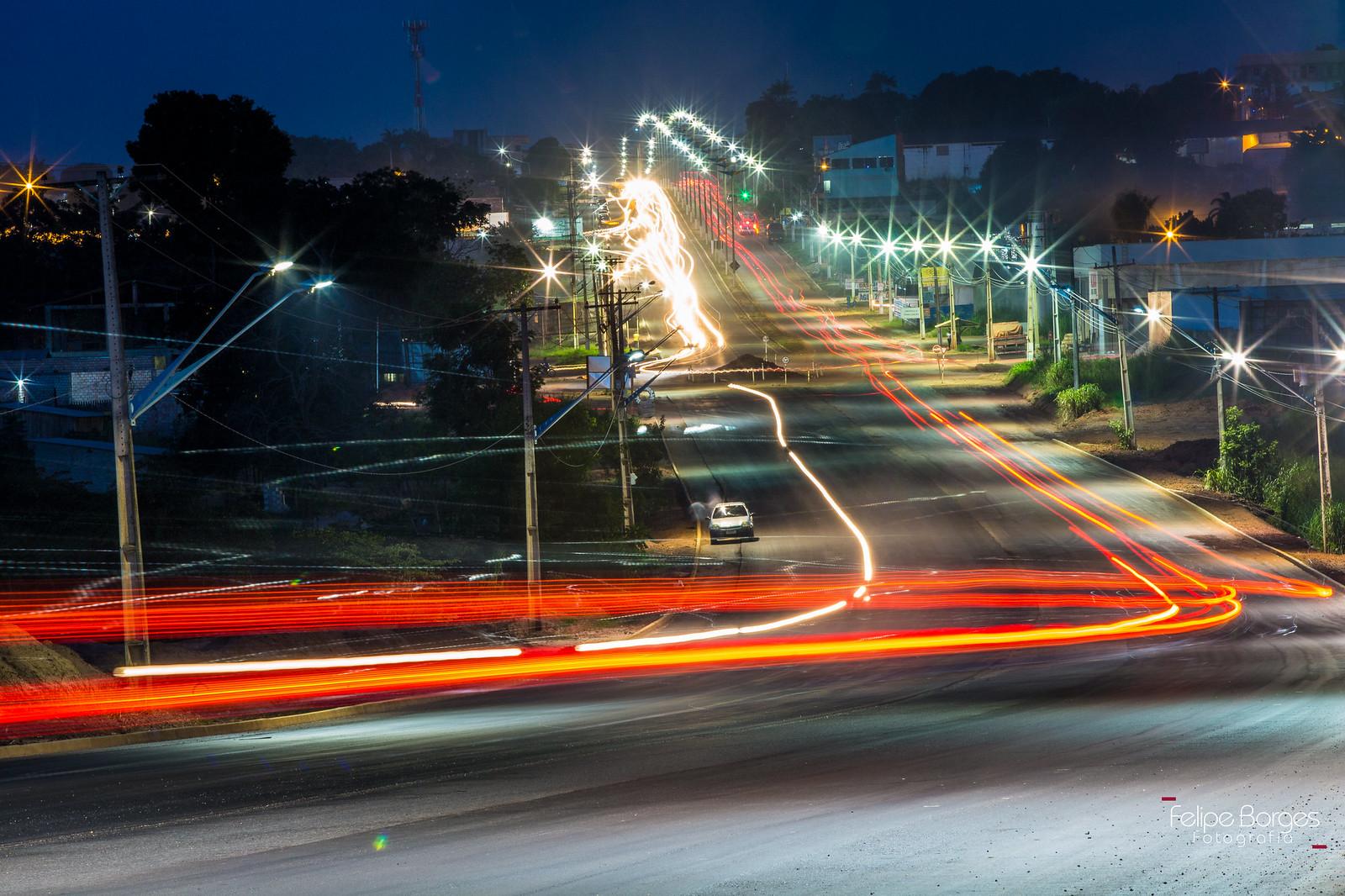 Santarém além do encontro das águas, por Felipe Borges. A rodovia que não para, Santarém. Fernando Guilhon. Foto Felipe Borges