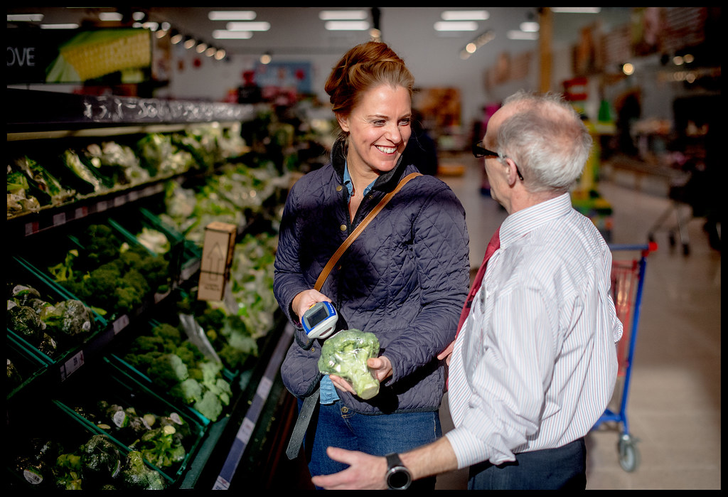 Tesco Newmarket - Colleague and Customer - Scan as You Shop