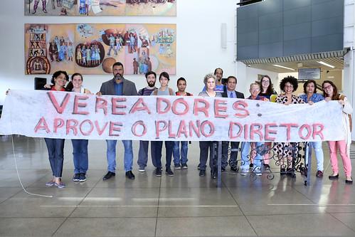 Movimentos e associações entregam carta de apoio ao Plano Diretor