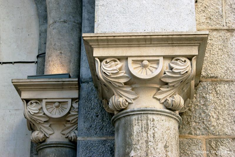 Фрагмент портала церкви Св.Николая