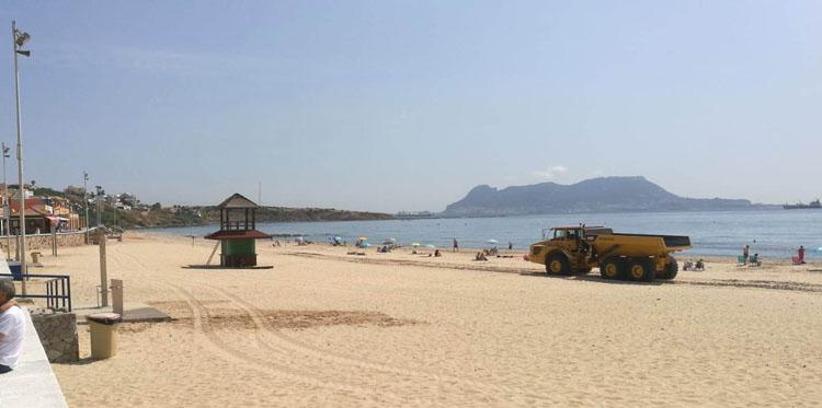 Algeciras_ playa Getares_ camión_11