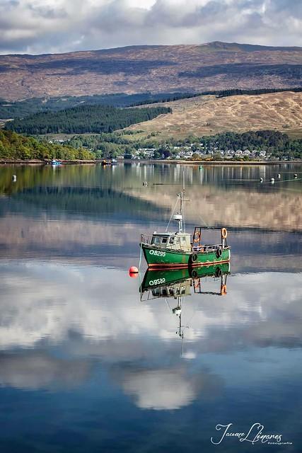 Pesquero en Ford Williams, Escocia UK