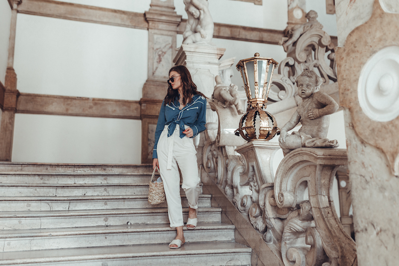 Schloss_Mirabell_Vintage_Blouse-18