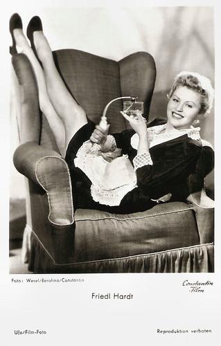 Friedl Hardt in Hurra - ein Junge (1953)
