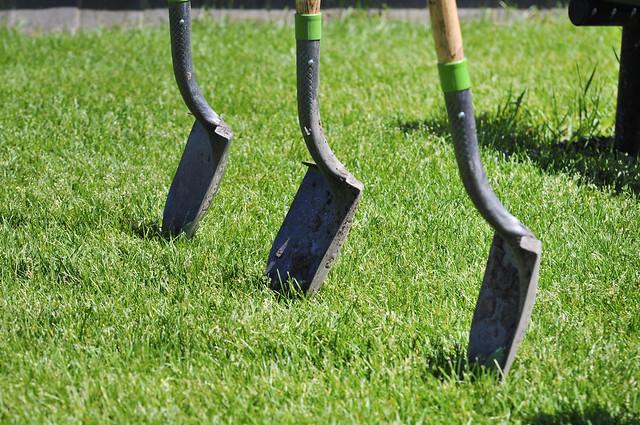 Oak Ridge garden groundbreaking