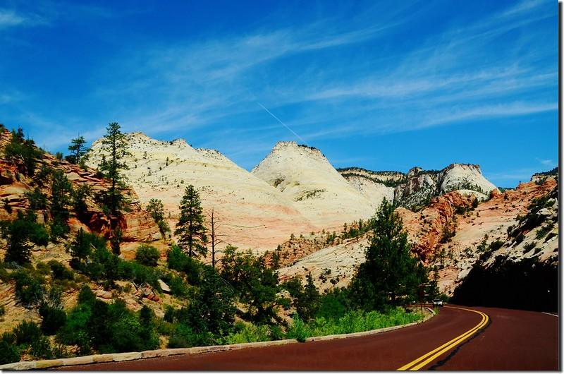 Scenic along Zion-Mt. Carmel Highway (3)