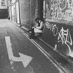 Rest before turning the corner towards a new adventure #street_photography_social #streetshooter #streetphotography #rsa_streetview_ #rustlord_street #signage #intsagramhub #peoplewatching #peoplephotography #stolenmoments #bnwportrait #bnw_captures #bnwm