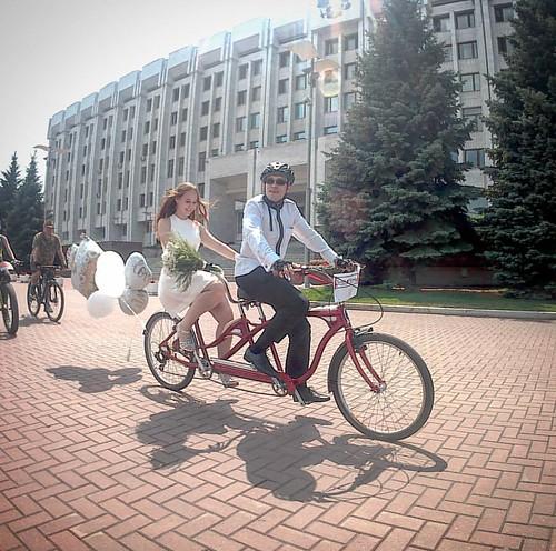 Кубическая #велосвадьба. #ВелоСамара #Ерёмкины #велосипедисты #свадьба #вело #тандем #Schwinn #VeloSamara #wedding
