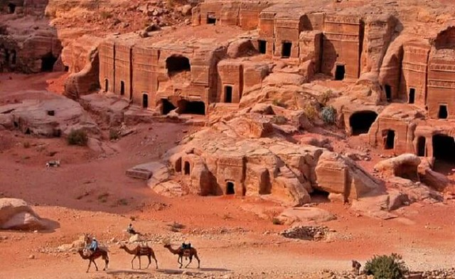 4090 How Allah destroyed the people of Thamud for killing special Camel of Hazrat Saleh A.S (4)