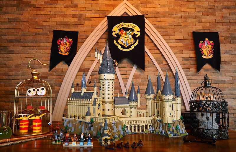 LEGO-Hogwarts-Castle-71043-Review-web