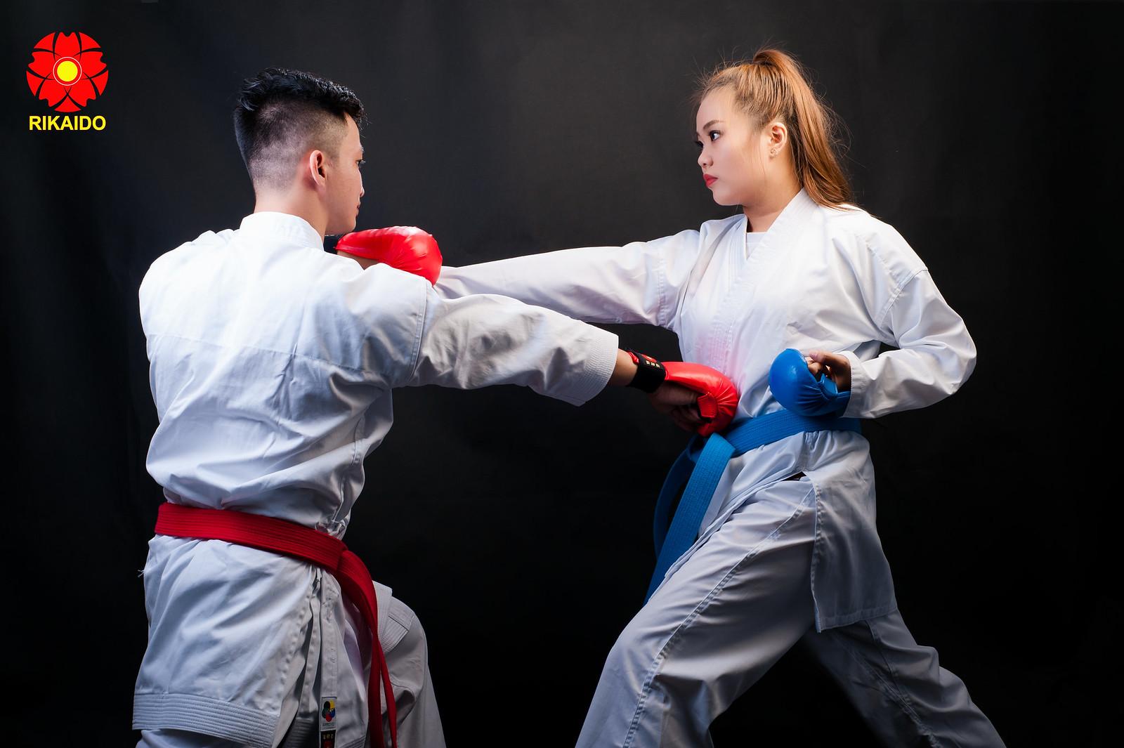 43930569452 e26ef6df2e h - Ảnh nghệ thuật karate chụp trong studio