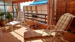 Fabuloso sobreatico de unos 20 m2 aproximados de terraza, muy soleado, con fabulosas vistas al mar, y situado en segunda línea de playa. Solicite más información a su inmobiliaria de confianza en Benidorm  www.inmobiliariabenidorm.com Consulte precio a su inmobiliaria en Benidorm, Asegil www.inmobiliariabenidorm.com