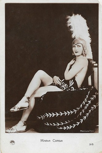 Maria Corda in The Private Life of Helen of Troy