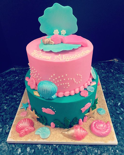 Cake by Sarina's Sweets