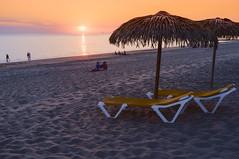 Les chaises longues craignent le soleil