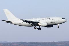 10+25 man Air Force Airbus A310-300 MRTT Cologne Bonn Airport