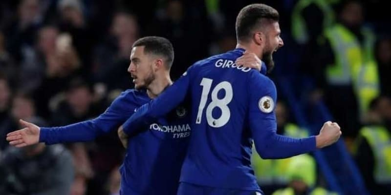 Olivier Giroud Senang Kalau Eden Hazard Tidak Keluar Dari Chelsea