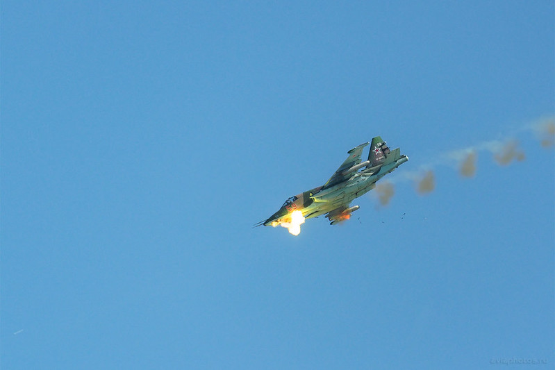 Sukhoi_Su-25_Russia-Airforce_143_D808565