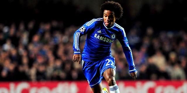 Dikaitkan Dengan MU Dan Madrid, Willian: Aku Bahagia Di Chelsea