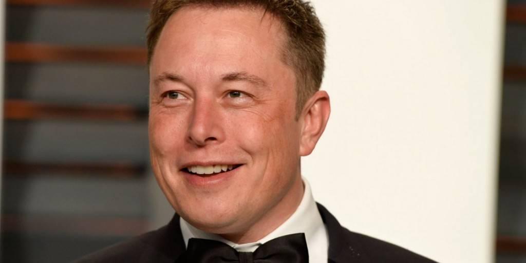 Selon Musk les fonds saoudiens veulent rendre Tesla privée