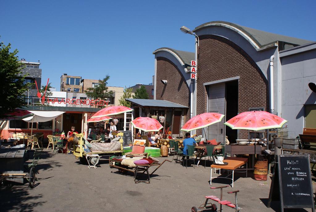 Parasol pastèque dans le nord d'Amsterdam. J'en ai l'eau à la bouche.