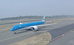 KLM Boeing 787-9 Dreamliner PH-BHP test flight Paine Everett Airport w