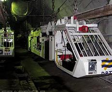 монорельсовая дорога в шахте