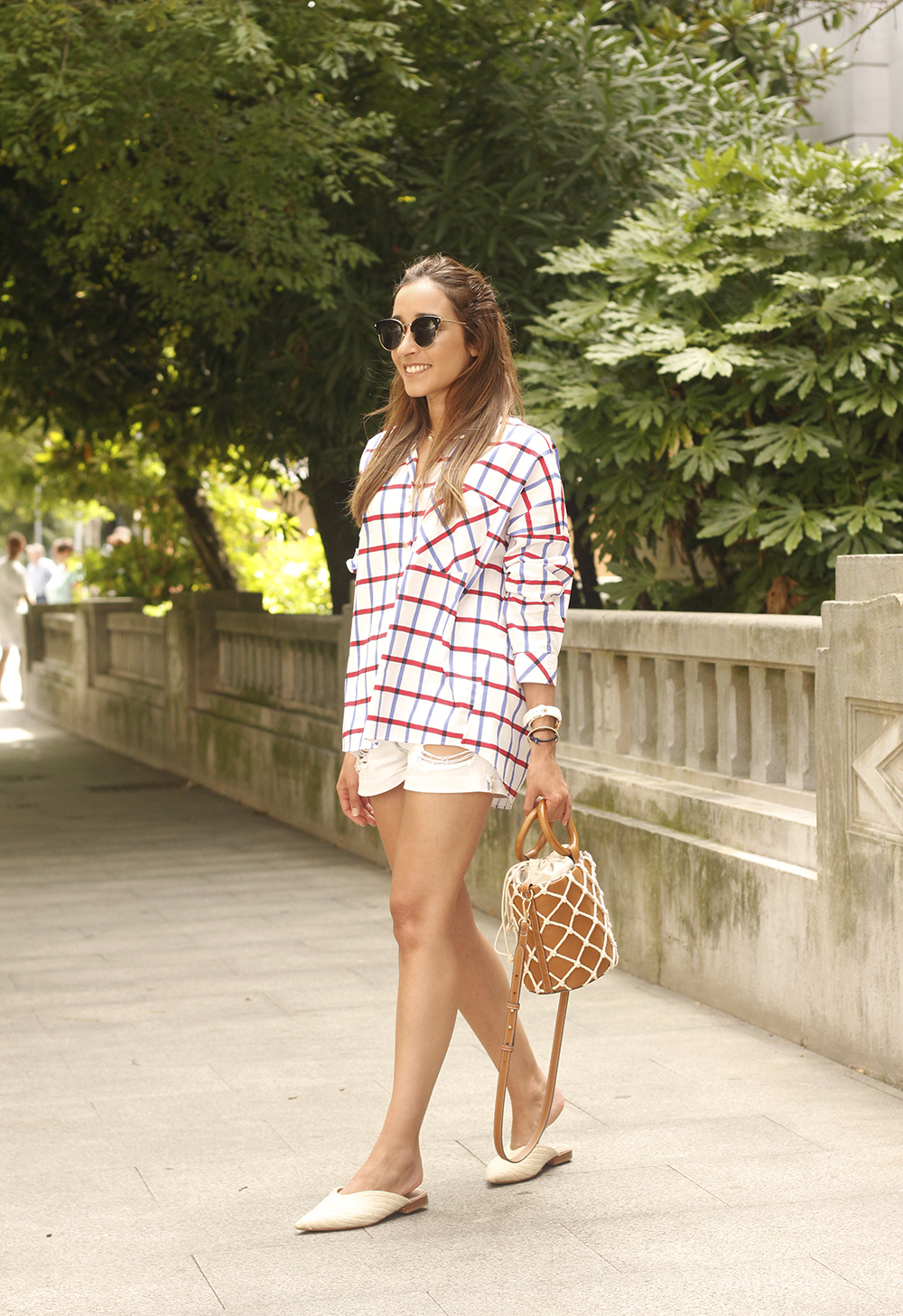oversize plaid shirt denim shorts white mules street style summer outfit 201808